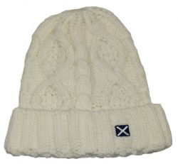 SCOT BEANIE HAT WHITE CABLE KNIT