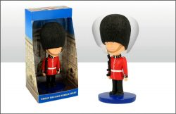 BOBBLE HEAD FIGURE GUARDSMAN